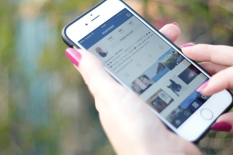 Instagram_phone