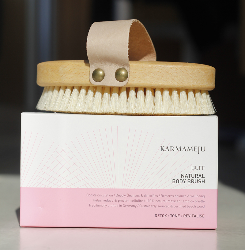 Karmameju_body_brush